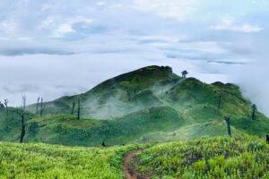 Tour leo núi Lảo Thẩn